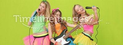 Teens karaoke party fun