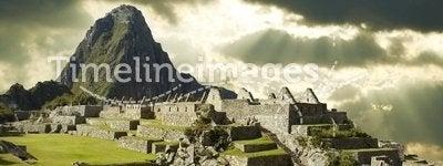 Storm clouds in Machu-Picchu