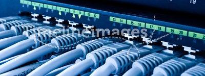 Network hub