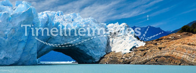 Bridge of ice in Perito Moreno glacier.